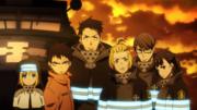 Maki se tient aux côtés des membres de son équipe en toute confiance.