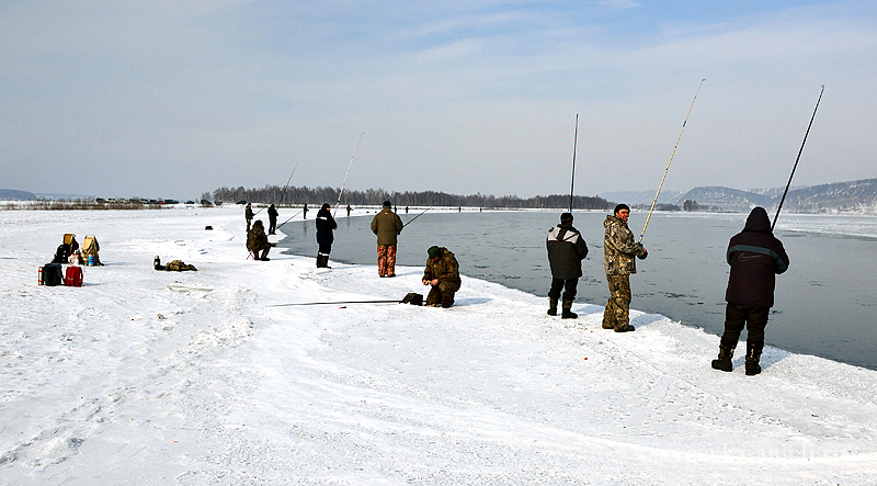 Ловля риби у березні