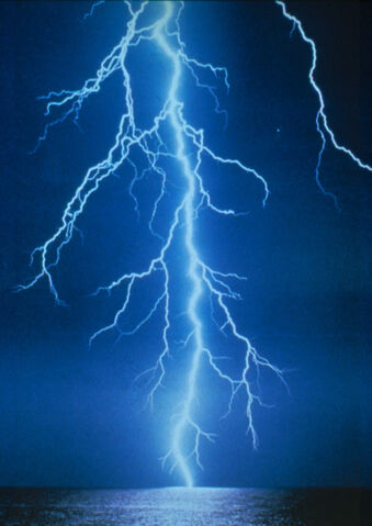 Ficheiro:Lightning.jpg