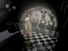 Toy Chica agachada en Party Room 4