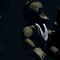 <b>Freddy</b> y <b>Chica</b> en el escenario con <b>Bonnie</b> desaparecido