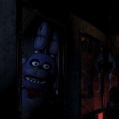 Bonnie en la puerta, completo (con la sombra en la pared).
