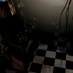 Springtrap en la CAM 06 (primera posición, luces apagadas)