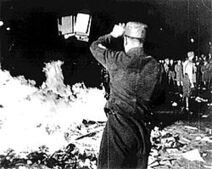 250px-1933-may-10-berlin-book-burning