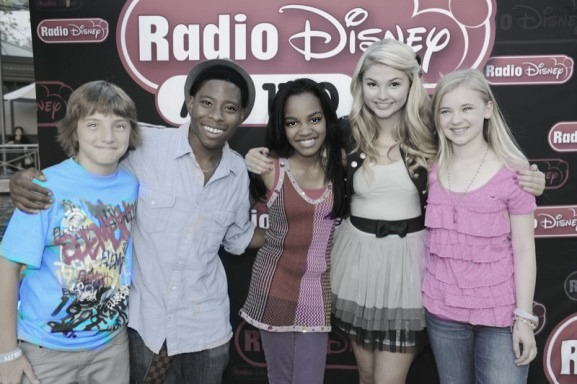 File:Radio-disney-ant-farm-04.jpg