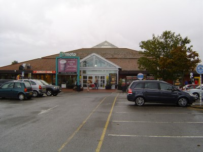 File:Chievley Services.jpg