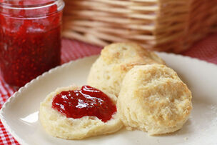TK-Blog-Easy-Flaky-Buttery-Biscuits-01