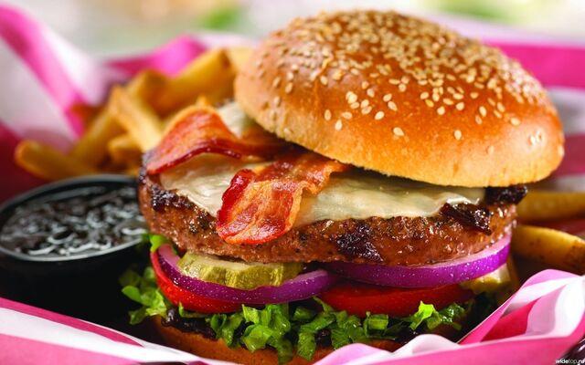 File:YUMMY-FAST-FOOD-fast-food-33414472-1680-1050.jpg