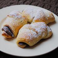 Nuttella-crescent-rolls-9-450