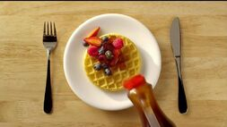 Eggo-homestyle-waffles-toppings-large-2