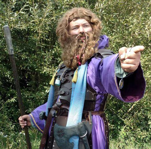 File:Edmund in Robes.jpg