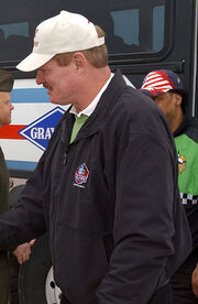 Ted Hendricks 2-4-05 050204-N-0874H-006