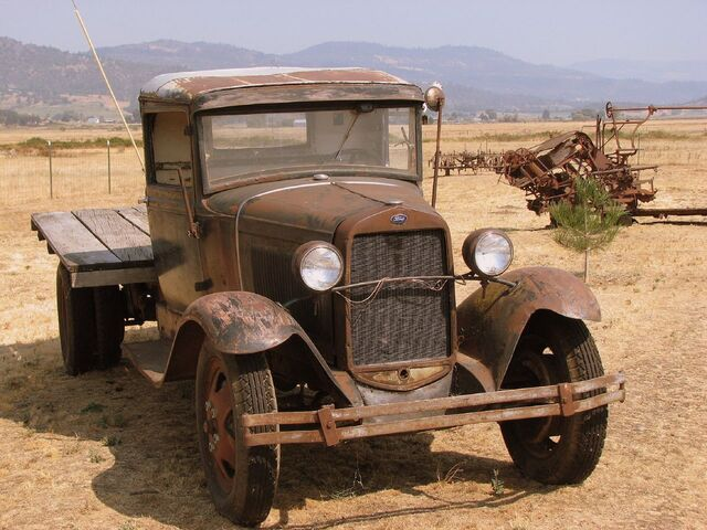 File:1931 Model AA Ford Truck, Eagle Point, OR.jpg