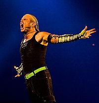 File:200px-Jeff Hardy SmackDown November 2008.jpg