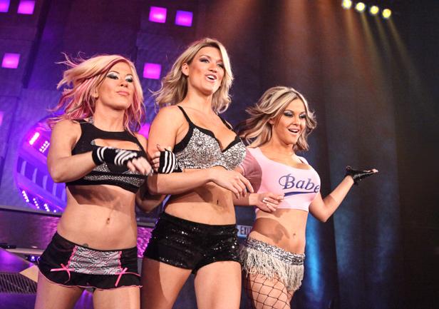 File:WWEFEMadison2.jpg
