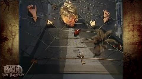 Fort Boyard 2001 - Sophie Davant dans l'épreuve du Mange-fil