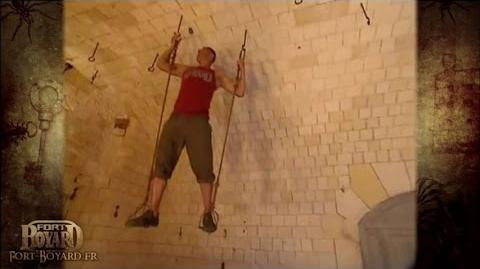 Fort Boyard 2006 - Franck Esposito dans l'épreuve des Etriers suspendus