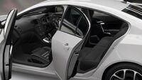 FH4 Vauxhall Insignia Interior2