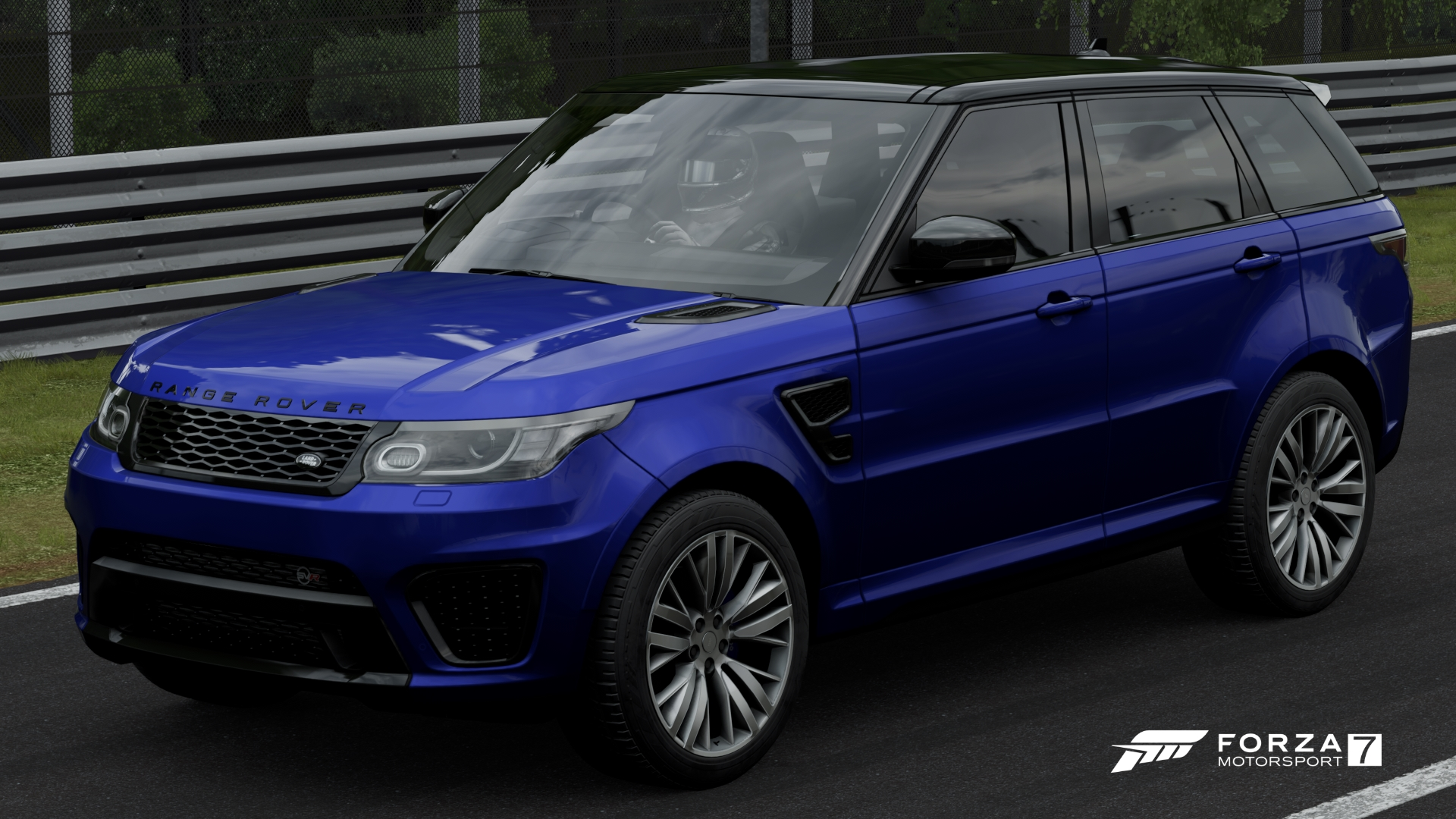https://vignette.wikia.nocookie.net/forzamotorsport/images/2/22/FM7_LR_Range_Rover_15_Front.jpg/revision/latest?cb=20180209155422