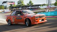 FH4 FD BMW 98 325i Official