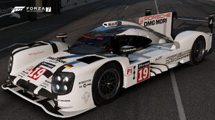 The 2015 Porsche #19 Porsche Team 919 Hybrid in Forza Motorsport 7