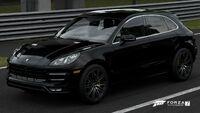 FM7 Porsche Macan Front