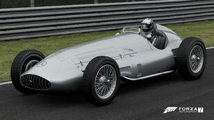 1939 Mercedes-Benz W154 in Forza Motorsport 7