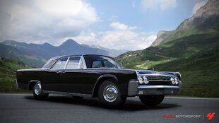 Lincoln Continental in Forza Motorsport 4