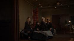 TG-Caps-1x11-3-X-1-33-Caitlin-Lauren-Andy-Reed