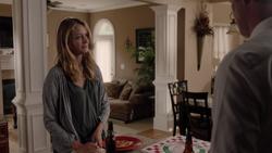 TG-Caps-1x03-eXodus-56-Caitlin