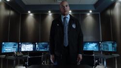 TG-Caps-1x13-X-roads-135-Agent-Jace-Turner