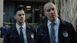 TG-Caps-1x13-X-roads-19-Agent-Novak-Agent-Jace-Turner