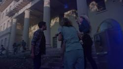 TG-Caps-1x02-rX-123-Eclipse-Caitlin-Lauren