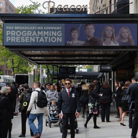 File:FOX Upfronts The Gifted Promotion 1.jpg