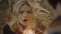 TG-Caps-1x09-outfoX-04-Lauren-combined-power.png