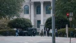 TG-Caps-1x06-got-your-siX-65-Court-house