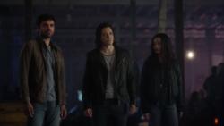 TG-Caps-1x13-X-roads-134-Eclipse-Thunderbird-Blink