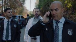 TG-Caps-1x13-X-roads-38-Agent-Novak-Agent-Jace-Turner