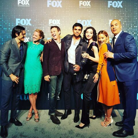 File:Upfronts 2017 Blair Redford, Amy Acker, Stephen Moyer, Sean Teale, Emma Dumont, Jamie Chung, and Coby Bell.jpg