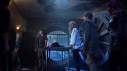 TG-Caps-1x02-rX-51-Lauren-Thunderbird-Caitlin-Andy-Blink-Dreamer