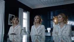 TG-Caps-1x11-3-X-1-12-Phoebe-Esme-Sophie