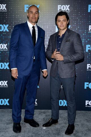 File:Upfronts 2017 Blair Redford and Coby Bell.jpg