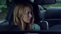 TG-Caps-1x02-rX-118-Caitlin