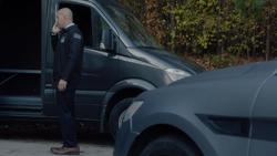 TG-Caps-1x13-X-roads-32-Agent-Jace-Turner