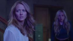 TG-Caps-1x02-rX-34-Caitlin-Lauren