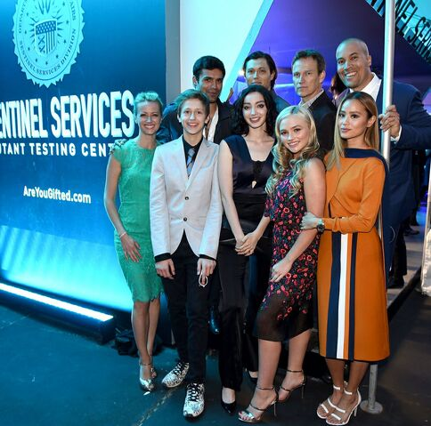 File:Upfronts 2017 Blair Redford, Amy Acker, Stephen Moyer, Sean Teale, Emma Dumont, Jamie Chung, Coby Bell, Percy Hynes White, and Natalie Alyn Lind.jpg