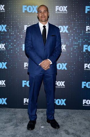 File:Upfronts 2017 Coby Bell.jpg