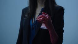 TG-Caps-1x13-X-roads-05-Evangeline-dragon-hand