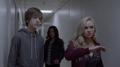TG-Caps-1x09-outfoX-128-Andy-Lauren-Blink.png