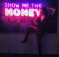 SDCC Comic Con 2017 - Emma Dumont 'show me the money'.png
